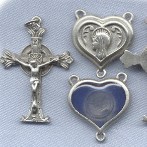 Lourdes Water Heart Rosary Set ~ Pewter