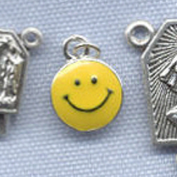 Smiley Face Charm ~ SP